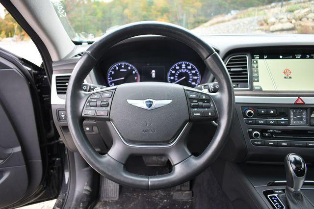 2015 Hyundai Genesis 3.8L AWD Naugatuck, Connecticut 23