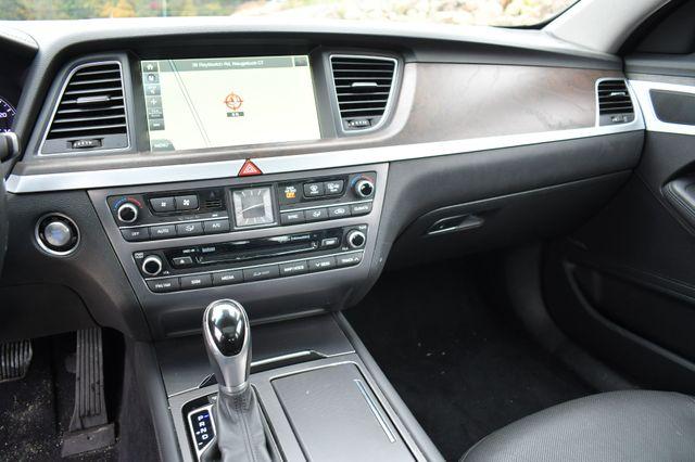 2015 Hyundai Genesis 3.8L AWD Naugatuck, Connecticut 24