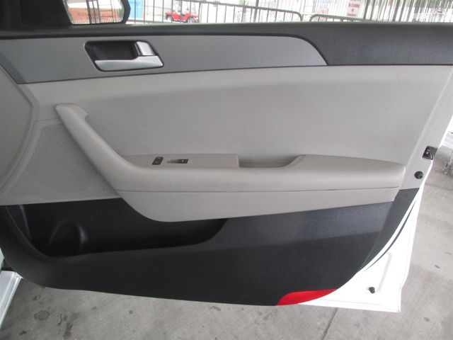 2015 Hyundai Sonata 2.4L SE Gardena, California 13