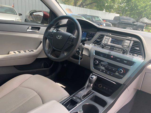 2015 Hyundai Sonata SE in Houston, TX 77020