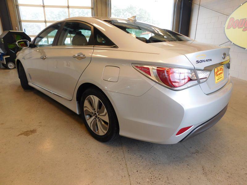 2015 Hyundai Sonata Hybrid Limited  city TN  Doug Justus Auto Center Inc  in Airport Motor Mile ( Metro Knoxville ), TN