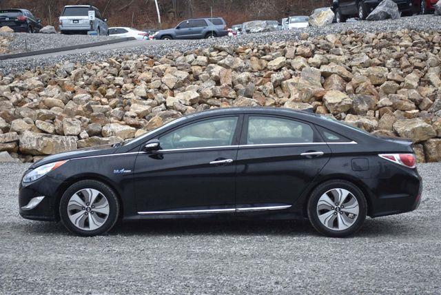 2015 Hyundai Sonata Hybrid Limited Naugatuck, Connecticut 1