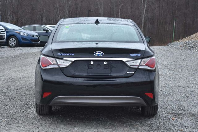 2015 Hyundai Sonata Hybrid Limited Naugatuck, Connecticut 3