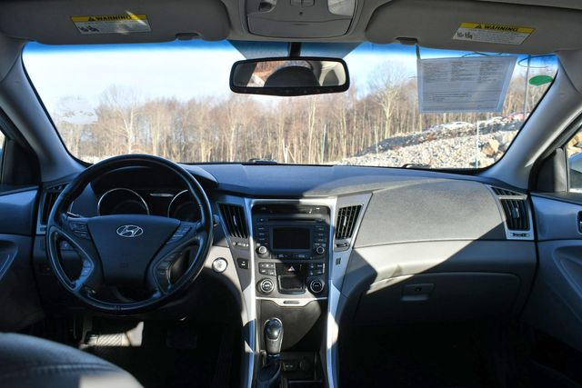 2015 Hyundai Sonata Hybrid Limited Naugatuck, Connecticut 16
