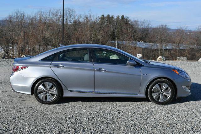 2015 Hyundai Sonata Hybrid Limited Naugatuck, Connecticut 5