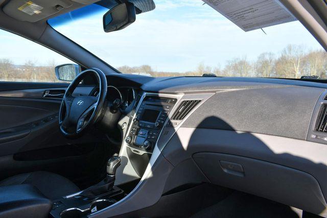 2015 Hyundai Sonata Hybrid Limited Naugatuck, Connecticut 8