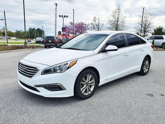 "2015 Hyundai Sonata 2.4L SE w/16"" Aluminum Wheels in Louisville, TN 37777"