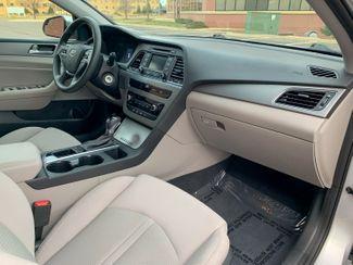2015 Hyundai Sonata 2.4L SE factory warranty Maple Grove, Minnesota 19