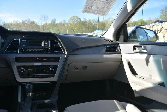 2015 Hyundai Sonata 2.4L SE Naugatuck, Connecticut 12