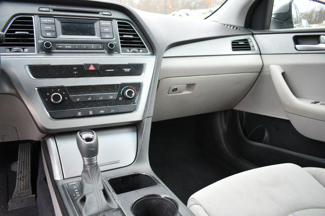 2015 Hyundai Sonata 2.4L SE Naugatuck, Connecticut 9