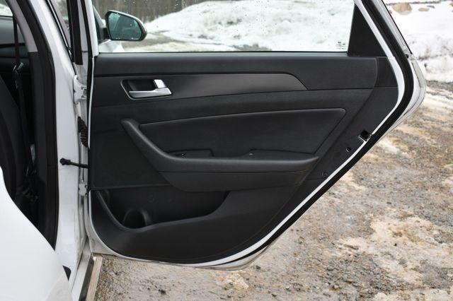 2015 Hyundai Sonata 2.4L Sport Naugatuck, Connecticut 13