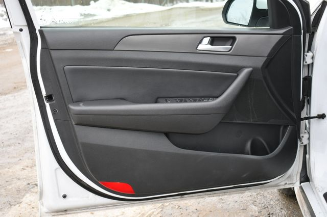 2015 Hyundai Sonata 2.4L Sport Naugatuck, Connecticut 20