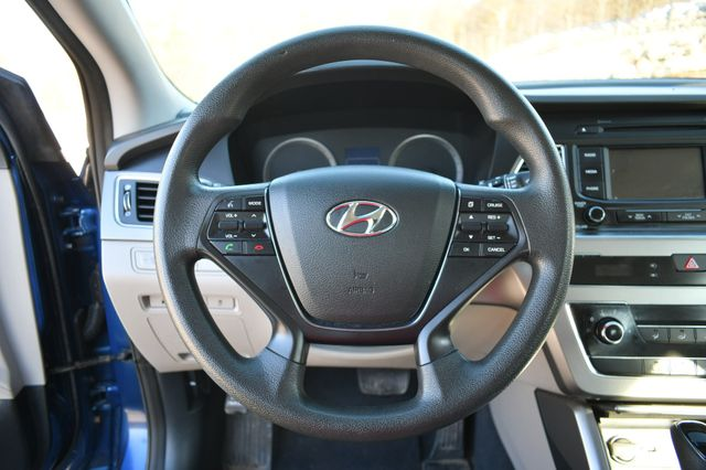 2015 Hyundai Sonata 2.4L SE Naugatuck, Connecticut 16