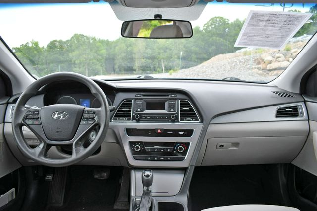 2015 Hyundai Sonata 2.4L SE Naugatuck, Connecticut 15