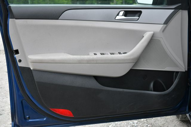 2015 Hyundai Sonata 2.4L SE Naugatuck, Connecticut 17