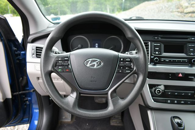 2015 Hyundai Sonata 2.4L SE Naugatuck, Connecticut 19