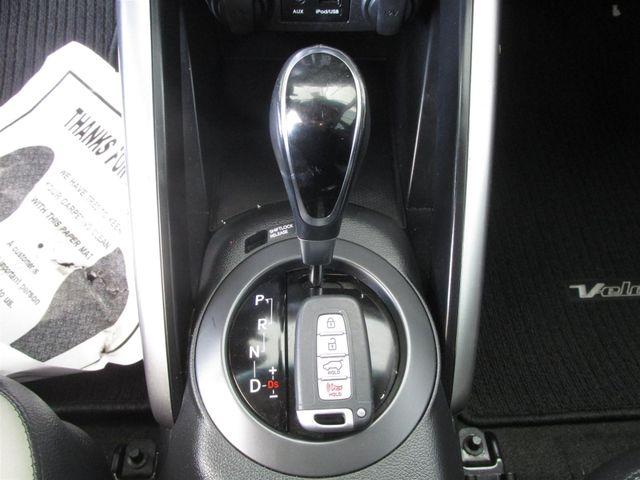 2015 Hyundai Veloster Turbo Gardena, California 7