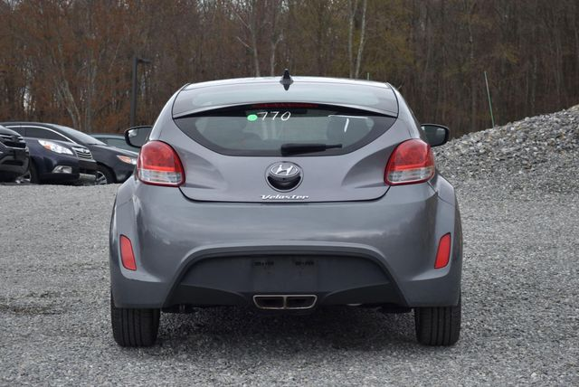 2015 Hyundai Veloster Naugatuck, Connecticut 3