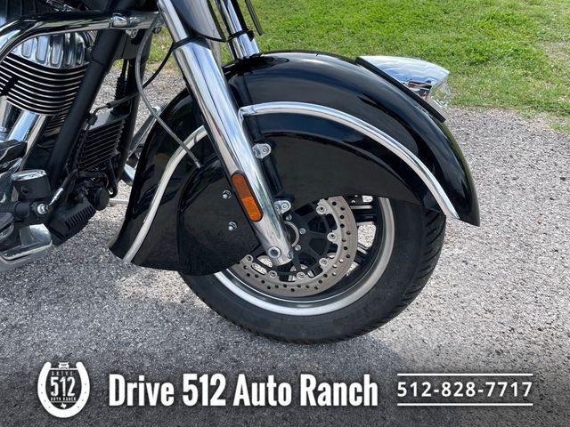 2015 Indian Chieftain Bags Hwy Pegs Etc in Austin, TX 78745