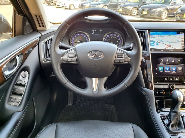 2015 Infiniti Q50 Premium w/Leather/Sunroof/Navigation in Louisville, TN 37777