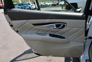 2015 Infiniti Q70L 4dr Sdn V6 AWD Waterbury, Connecticut 27