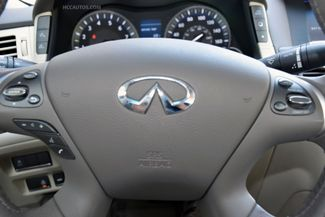 2015 Infiniti Q70L 4dr Sdn V6 AWD Waterbury, Connecticut 32