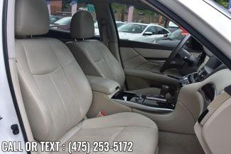2015 Infiniti Q70L 4dr Sdn V6 AWD Waterbury, Connecticut 15