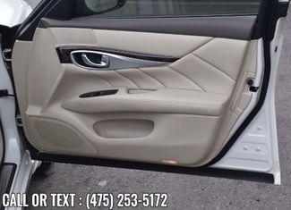 2015 Infiniti Q70L 4dr Sdn V6 AWD Waterbury, Connecticut 16