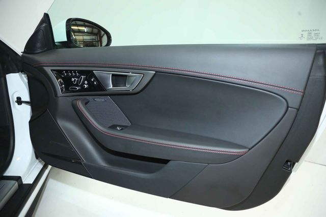 2015 Jaguar F-TYPE V8 R Houston, Texas 17