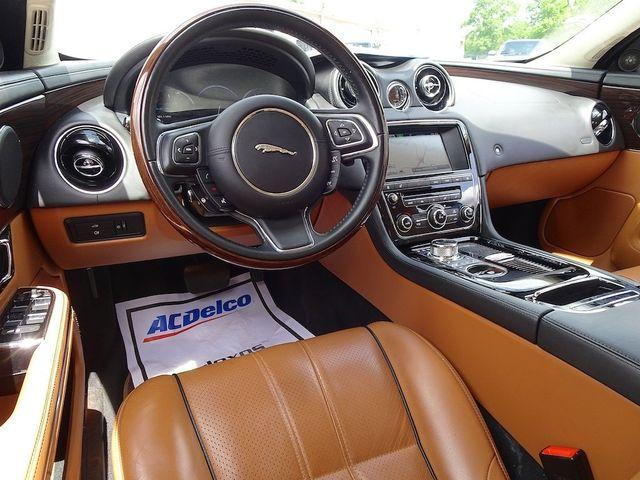 2015 Jaguar XJ XJL Portfolio Madison, NC 42