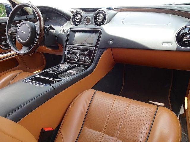 2015 Jaguar XJ XJL Portfolio Madison, NC 43