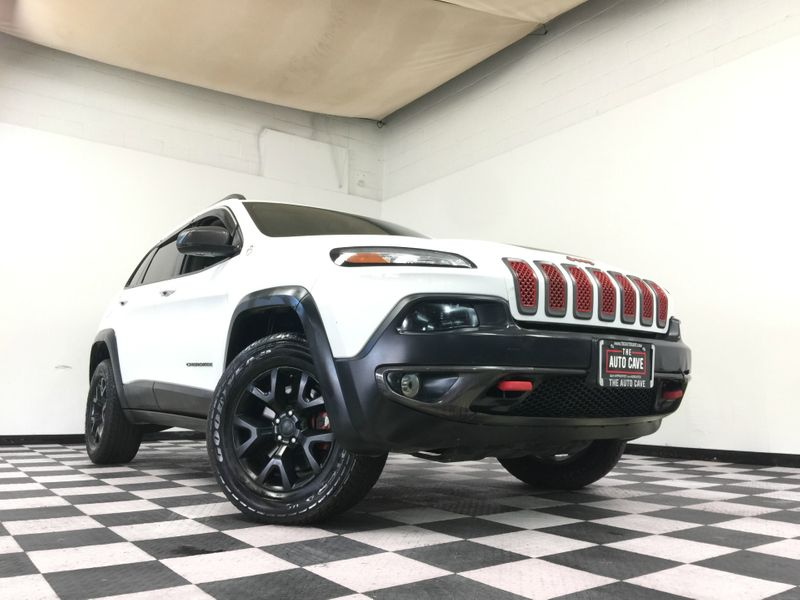 2015 Jeep Cherokee *Simple Financing* | The Auto Cave in Addison