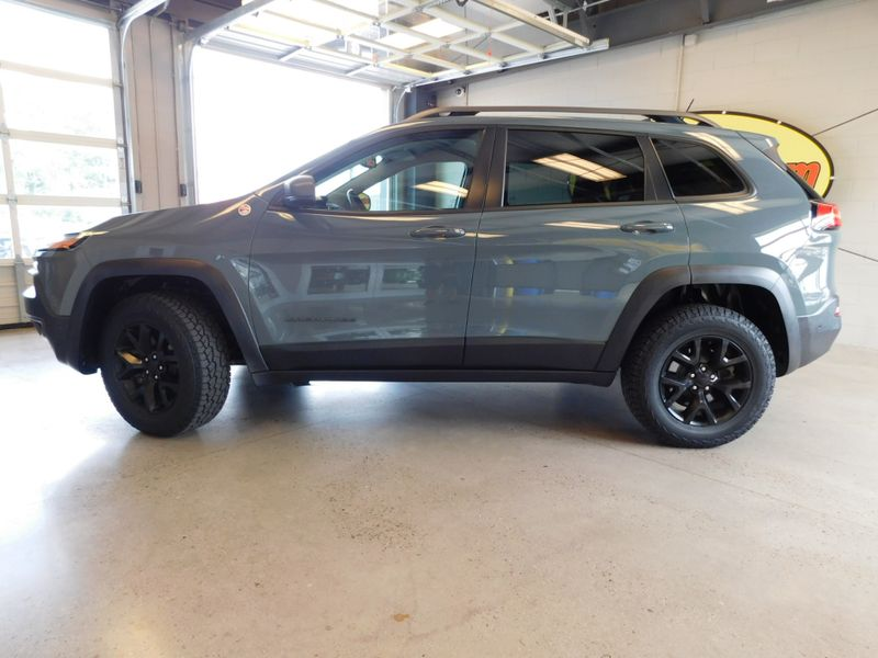 2015 Jeep Cherokee Trailhawk  city TN  Doug Justus Auto Center Inc  in Airport Motor Mile ( Metro Knoxville ), TN