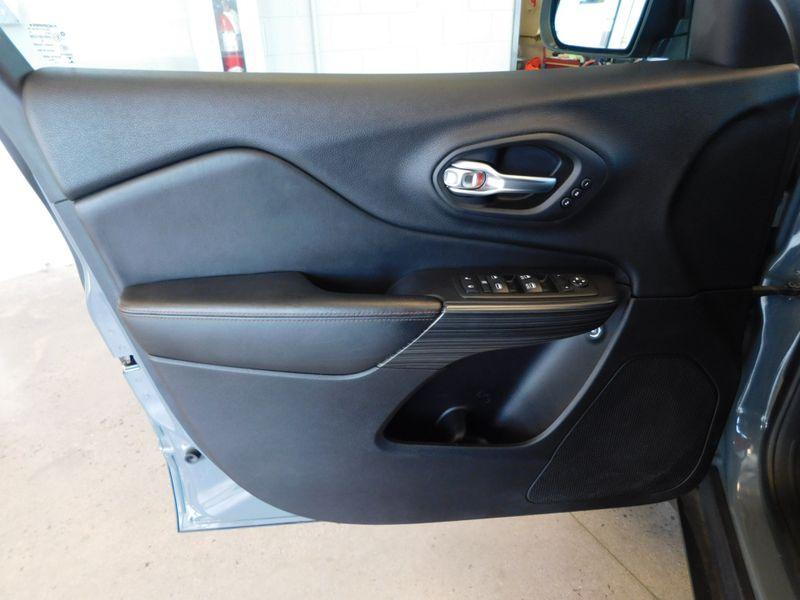 2015 Jeep Cherokee Trailhawk  city TN  Doug Justus Auto Center Inc  in Airport Motor Mile ( Metro Knoxville ), TN