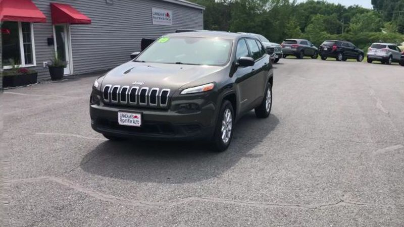 2015 Jeep Cherokee Sport  in Bangor, ME