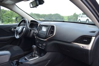 2015 Jeep Cherokee Latitude Naugatuck, Connecticut 9