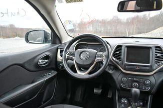2015 Jeep Cherokee Latitude 4WD Naugatuck, Connecticut 17
