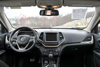 2015 Jeep Cherokee Latitude 4WD Naugatuck, Connecticut 18