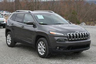 2015 Jeep Cherokee Latitude 4WD Naugatuck, Connecticut 8