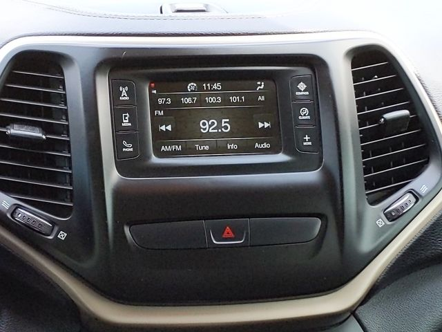 2015 Jeep Cherokee Latitude in Pleasanton, TX 78064