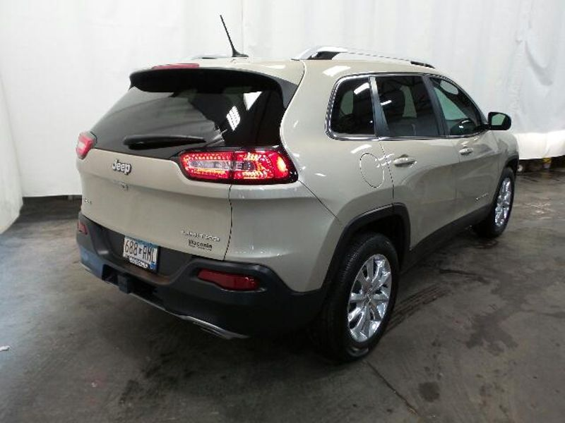 2015 Jeep Cherokee Limited  in Victoria, MN