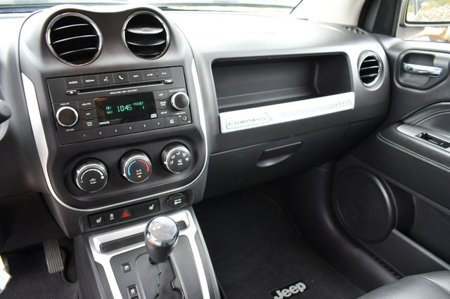 2015 Jeep Compass Latitude 4WD Naugatuck, Connecticut 24