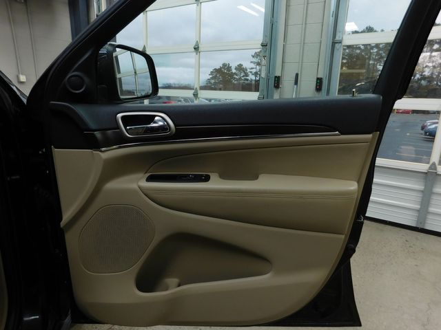 2015 Jeep Grand Cherokee Limited in Airport Motor Mile ( Metro Knoxville ), TN 37777