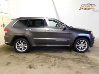 2015 Jeep Grand Cherokee Summit in Cleveland , OH 44111