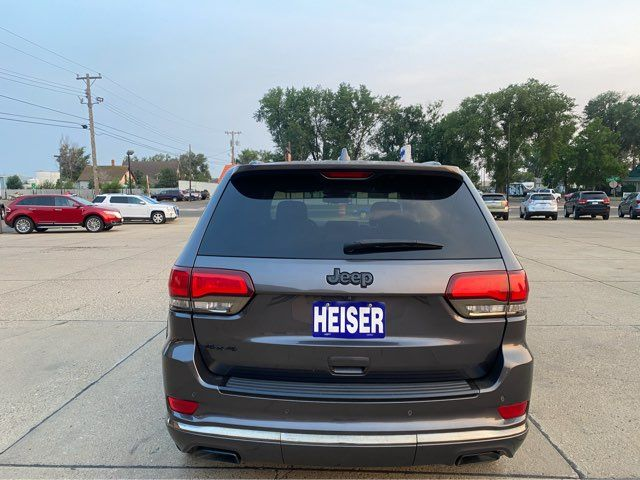 2015 Jeep Grand Cherokee Overland ONLY 48,000 Miles in Dickinson, ND 58601