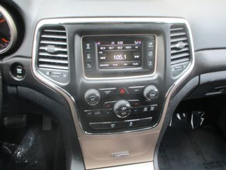 2015 Jeep Grand Cherokee Laredo Farmington, MN 4