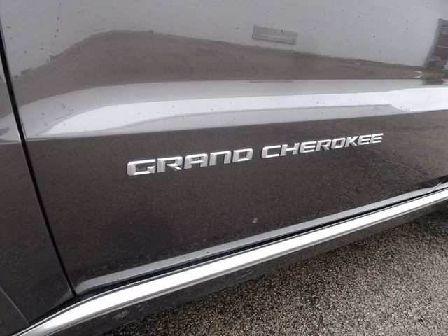 2015 Jeep Grand Cherokee Summit Madison, NC 10