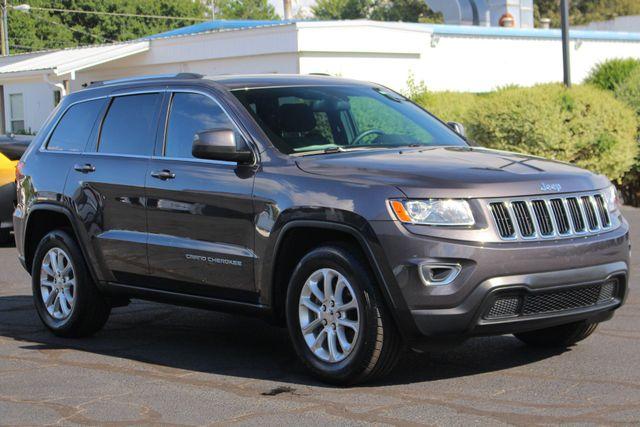 "2015 Jeep Grand Cherokee Laredo RWD - NAV - 18"" WHEEL & 8.4"" RADIO GROUP! Mooresville , NC 22"