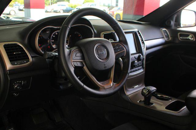 "2015 Jeep Grand Cherokee Laredo RWD - NAV - 18"" WHEEL & 8.4"" RADIO GROUP! Mooresville , NC 30"