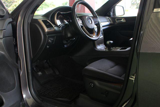 "2015 Jeep Grand Cherokee Laredo RWD - NAV - 18"" WHEEL & 8.4"" RADIO GROUP! Mooresville , NC 29"
